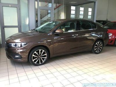 usado Fiat Tipo 1.6 Mjt 4 porte Opening Edition