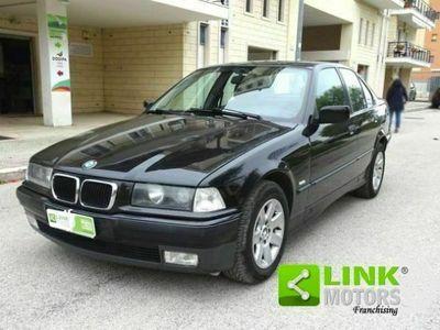 usata BMW 318 Serie 3 i 4 porte