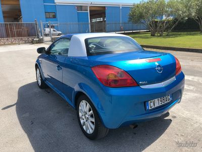 usado Opel Tigra 1.4 b 115.000