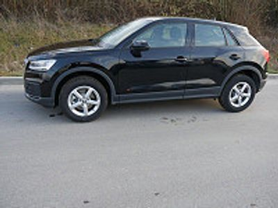 usata Audi Q2 35 Tdi * Connectivity Paket * Led * Parktronic * Shzg * Tempomat * El. Heckklappe