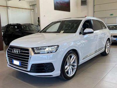 usata Audi Q7 50 tdi quattro s-line 286 cv 7 posti