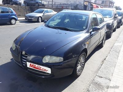 usata Alfa Romeo 147 1.9 JTD 115 cv cat 5p. Distinctive