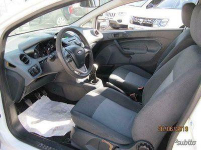 usata Ford Fiesta - 2009 cil. 1.4 tdci 3 porte autocarr