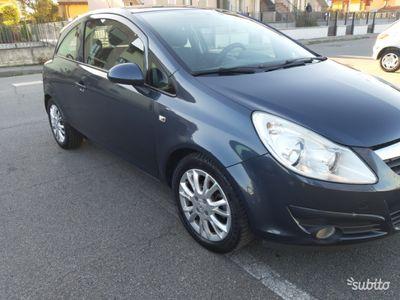 gebraucht Opel Corsa 1.2gpl versione enjoy 2010