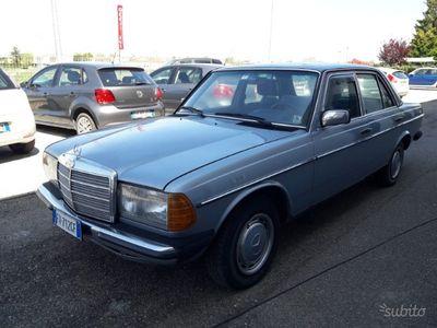 usado Mercedes 240 / asi- 1983