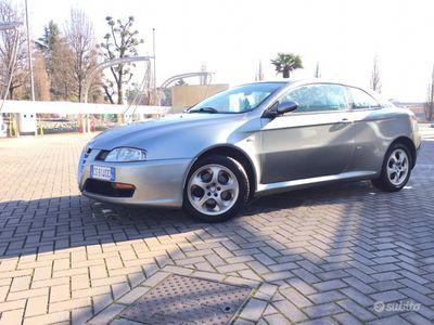 usata Alfa Romeo GT DEL 2005 con 177.000km euro 4 FAP 150 CV