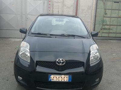 gebraucht Toyota Yaris 1.4 DIESEL IMPECCABILE NUOVA