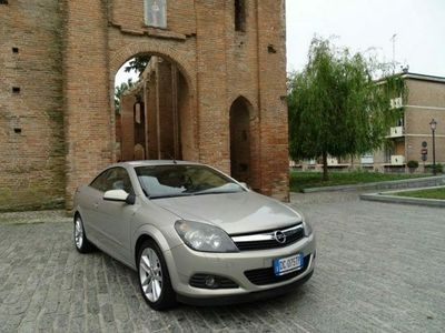 usata Opel Astra Cabriolet 3ª serie TwinTop 1.6 16V Twinport Cosmo
