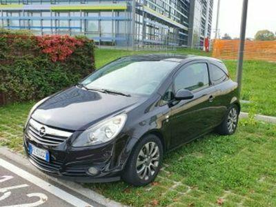 usata Opel Corsa 1.2 benzina 85.600 km
