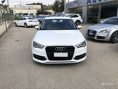 usata Audi A3 S-Tronic 1.6TDI S-Line