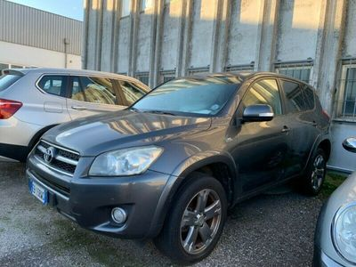 usata Toyota RAV4 Crossover 2.2 D-Cat A/T 150 CV Luxury