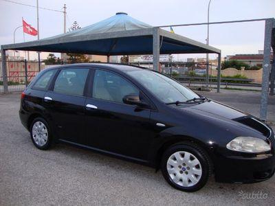 usata Fiat Croma DiESEL 120CV/88KW/BEN TENUTA/GOMMATA/5P