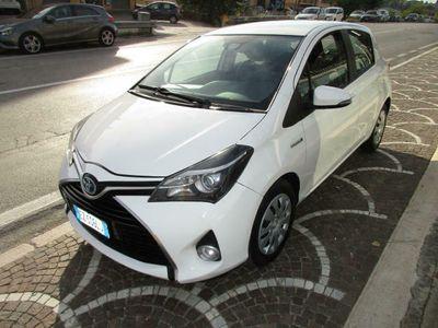 usata Toyota Yaris 1.5 Hybrid 5 porte Style full opt garantita Navi
