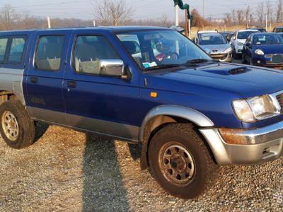 usata Nissan Navara dell 2000