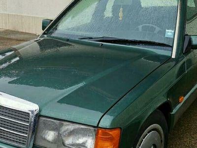 begagnad Mercedes 190 2.0 E cat