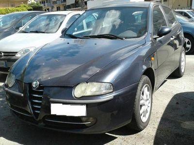 usado Alfa Romeo 147 1.9 JTD 5 porte Distinctive