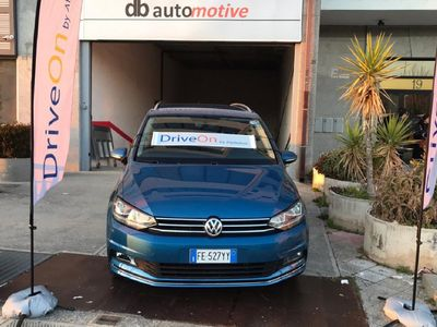 usata VW Touran 2.0 TDI Executive BMT