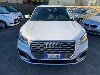 usata Audi Q2 CON CAMBIO AUTOMATICO,NAVIGATORE,FARI A LED XENON!