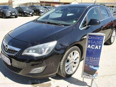 usado Opel Astra 2.0 CDTI 160CV 5 porte Cosmo S del 2010 usata a Siracusa
