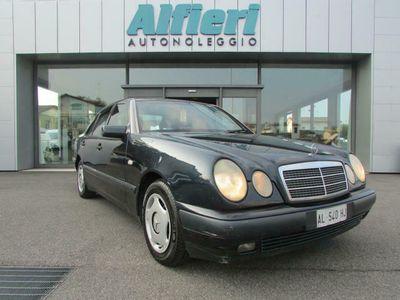 used Mercedes E250 diesel cat Avantgarde 115CV CLIMA ABS ESP 5 Posti