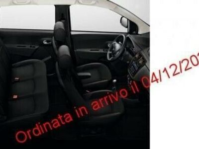 usata Dacia Lodgy Stepway 1.3 TCe 130CV FAP 7 posti