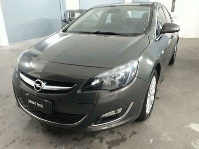 usata Opel Astra 1.6 CDTI 136CV EcoFLEX S COSMO
