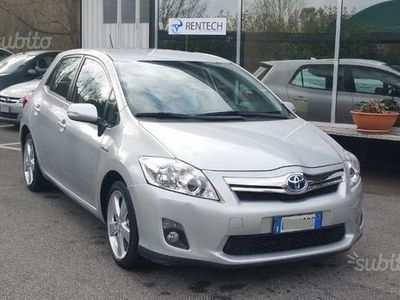 usata Toyota Auris 1.8 Hybrid 5 porte Executive
