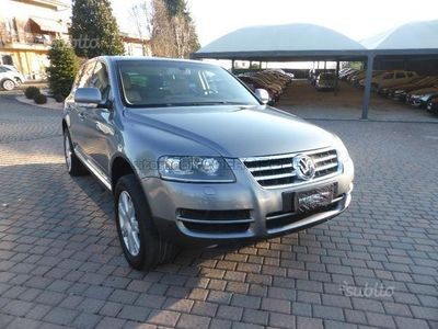 sold vw touareg 2 5 r5 tdi dpf exc used cars for sale. Black Bedroom Furniture Sets. Home Design Ideas
