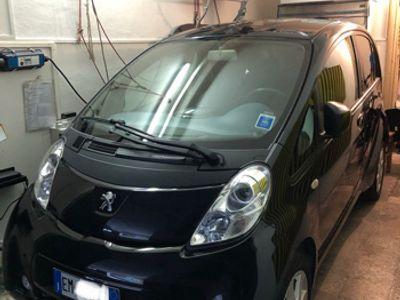 usado Peugeot iON elettrica