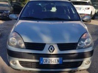 usata Renault Clio 1.2 16V cat 3 porte Confort Dynamiq