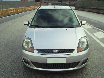 used Ford Fiesta 1.2 GPL 16V 5p. Titanium