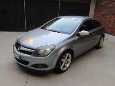 usata Opel Astra GTC 1.7 CDTI 110CV 3 porte Cosmo Diesel