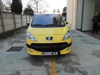 second-hand Peugeot 1007 1.4 Sporty 2Tronic