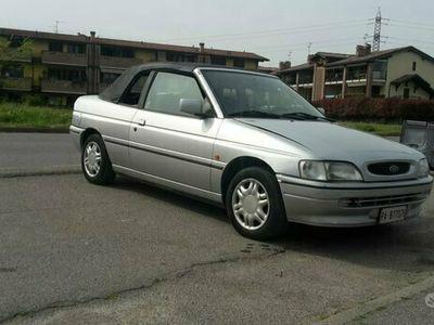 usata Ford Escort Cabriolet uniproprietario 1993 60000 km
