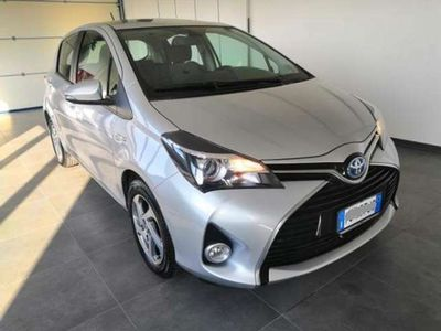 usata Toyota Yaris 1.5 Hybrid 5 porte VAN ° autocarro ° 2 POSTI