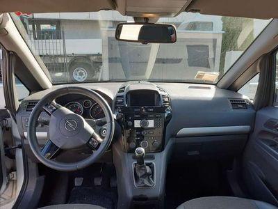 usata Opel Zafira 1.9 16V CDTI
