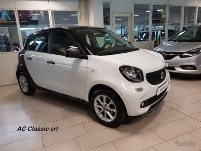 usata Smart ForFour Youngster 1.0(71 cv) ac classic srl