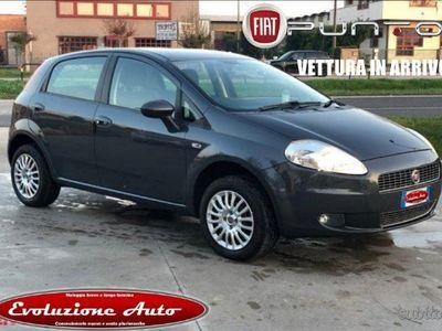 używany Fiat Grande Punto 1.4 benz/gpl di serie 5 pt