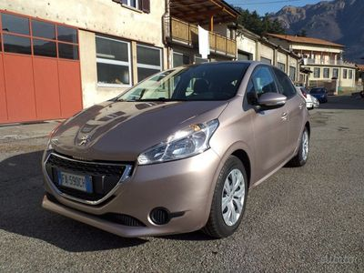 second-hand Peugeot 208 1.4 8V HDi 68CV 5p. Active