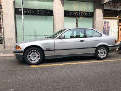 usata BMW 318 is