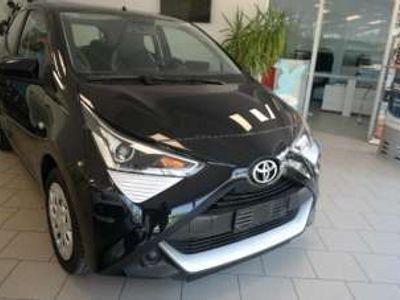 usata Toyota Aygo 1.0 VVT-i 69 CV 5 porte x-business
