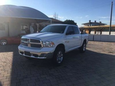 usata Dodge Durango 1500 HEMI 5.7 LITER BIG HORN