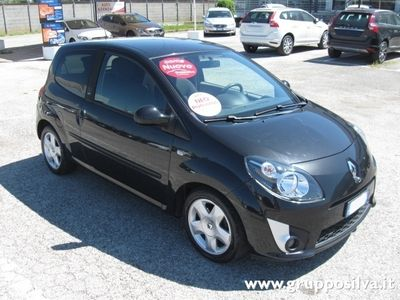 usato 2 serie 1 2 16v nokia renault twingo 2008 km in padova pd. Black Bedroom Furniture Sets. Home Design Ideas