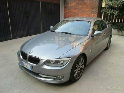 usata BMW 320 d Coupé Futura cambio automatico full optional