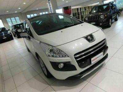 usata Peugeot 3008 HYbrid4 Taxi * SUPER PREZZO * 4x4 DIESEL/ELETTRICA