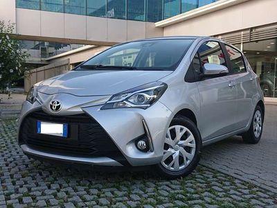 usata Toyota Yaris 1.0 benzina 72 cv 5 porte Business