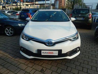 usata Toyota Auris 1.8 Hybrid Cool