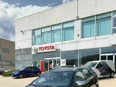 usata Toyota Auris Touring Sports 1.8 Hybrid Active Pl