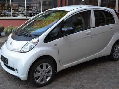 usata Peugeot iON Active