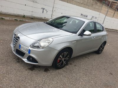 usado Alfa Romeo Giulietta 1.6 mjt 105cv 6m cruise TV USB Sd